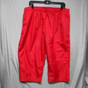Danskin now red capris women's size XXL